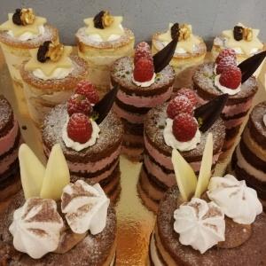 Sahne Dessert